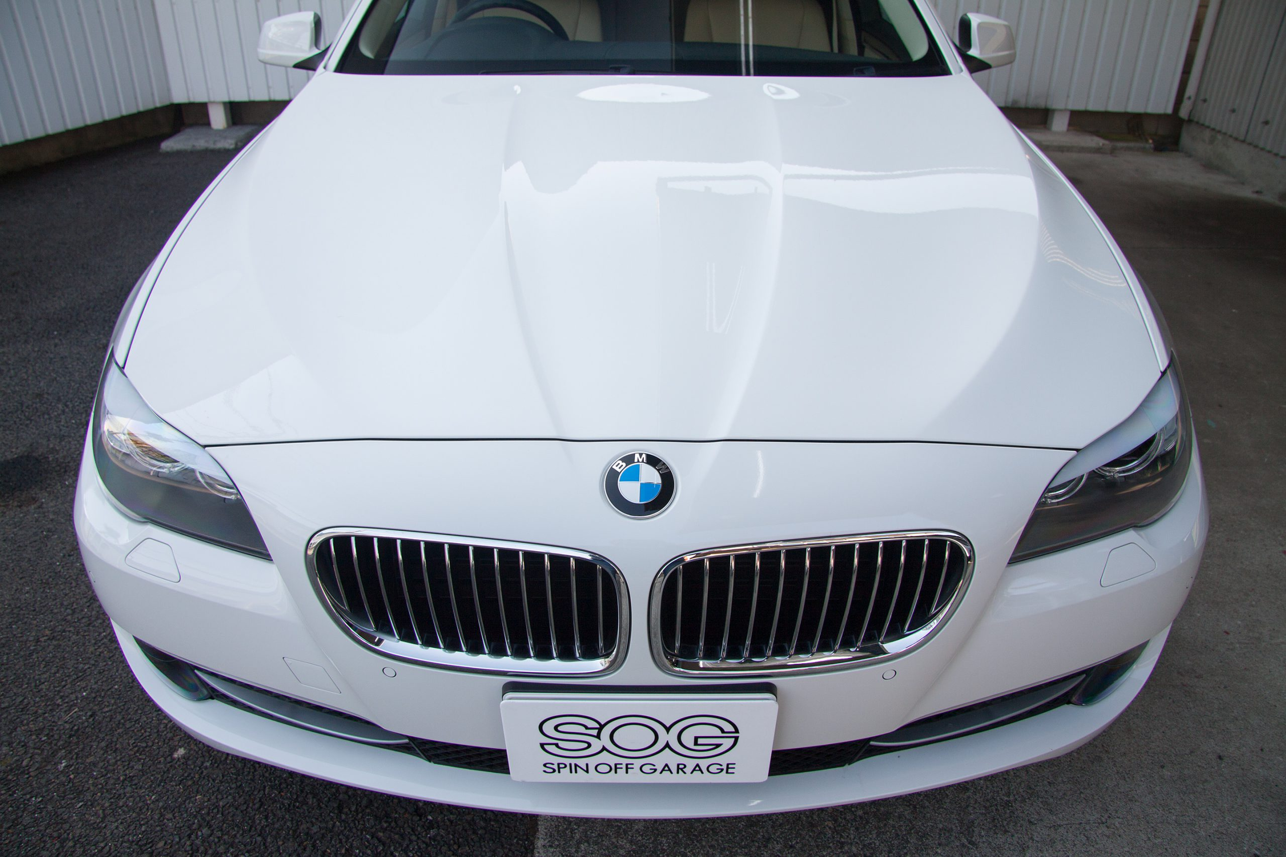BMW 523i Touring High Line Package